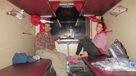 Lviv yolculuğunda kullandığımız tren. Daha sonra üst ranzalara çıkmak zorunda kaldık.